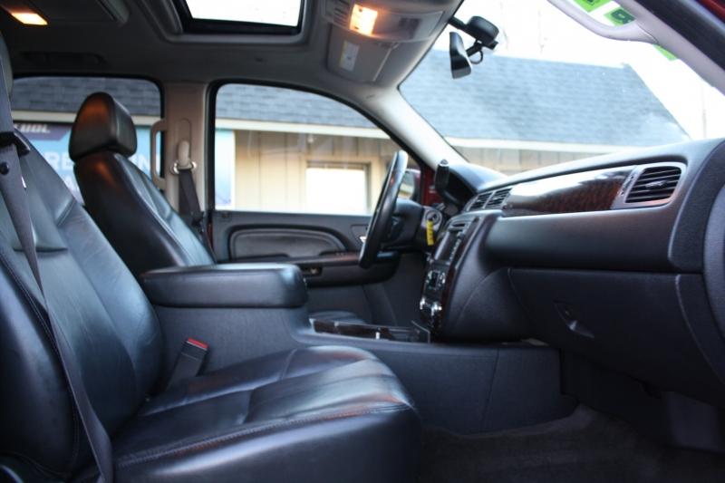 GMC Yukon Denali 2009 price $10,995