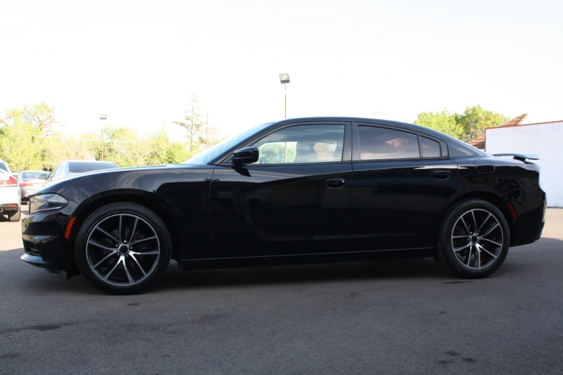Dodge Charger 2016 price $13,999