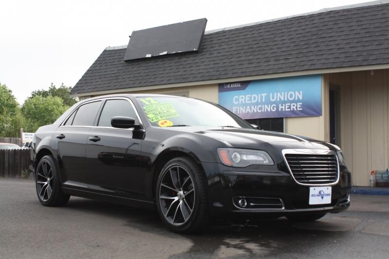 Chrysler 300 2012 price $14,988