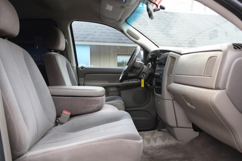 Dodge Ram 2500 2004 price $17,888