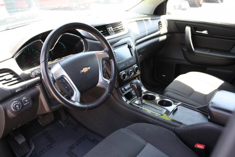 Chevrolet Traverse 2016 price $13,999