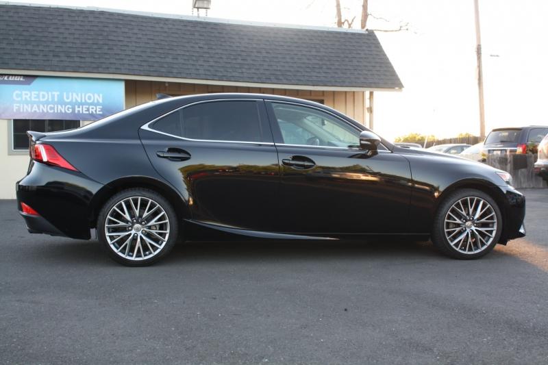 Lexus IS 250 2015 price $19,984