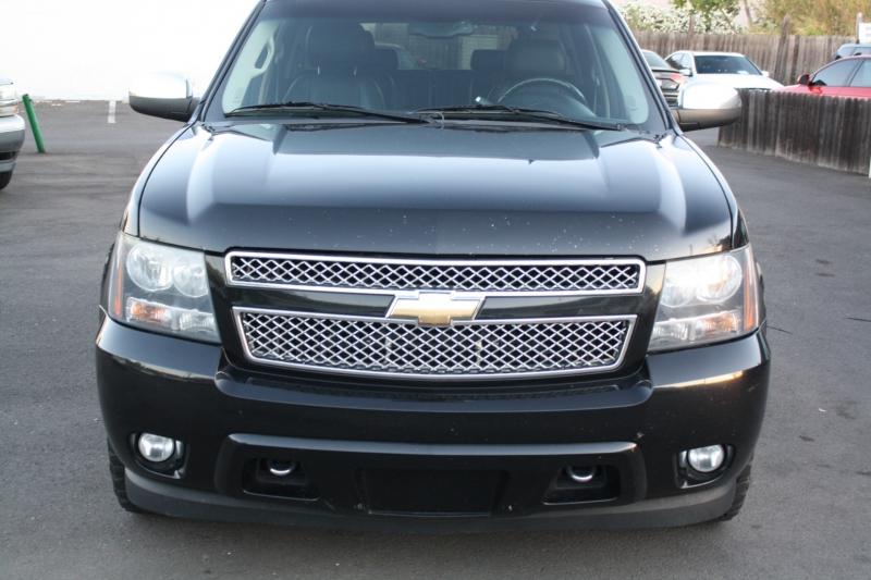 Chevrolet Tahoe 2011 price $17,999