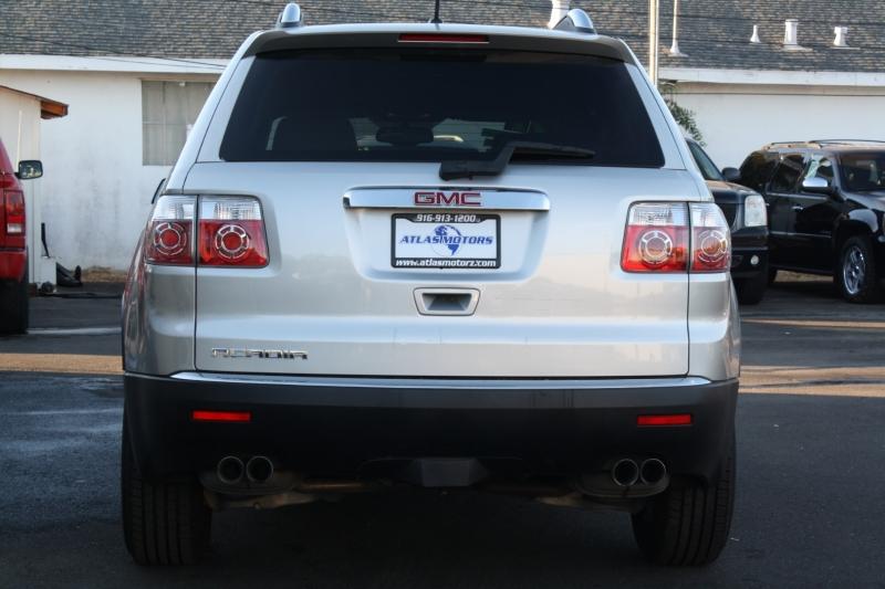 GMC Acadia 2007 price $10,985