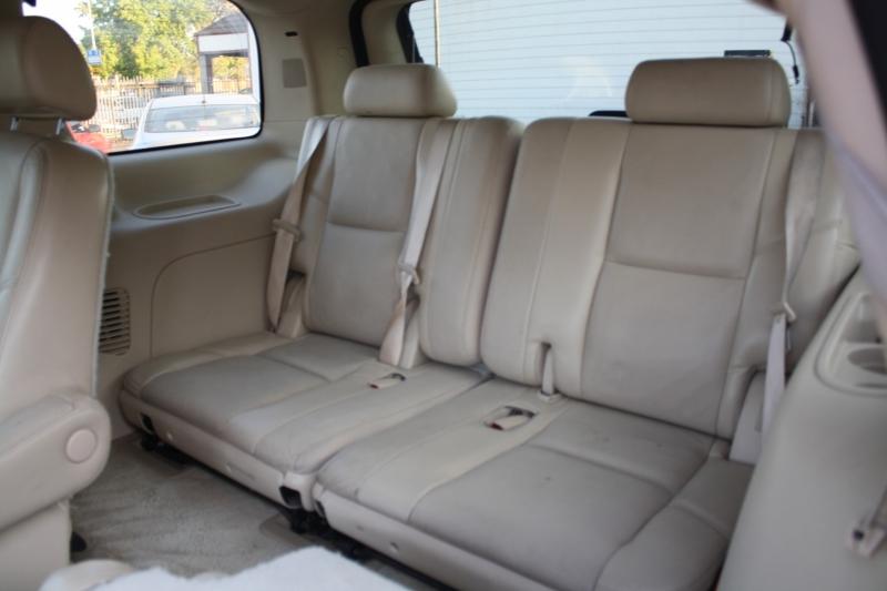 Cadillac Escalade 2007 price $11,988