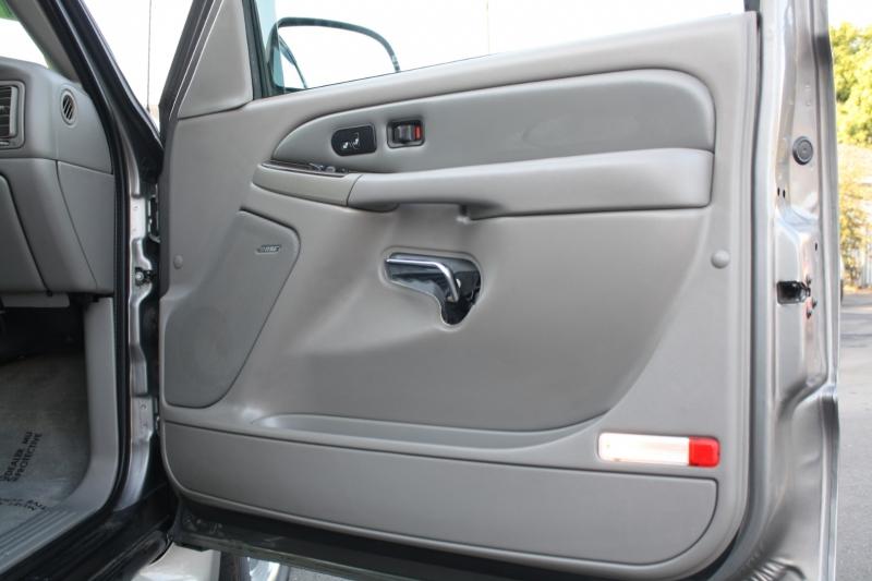 GMC Yukon XL Denali 2006 price $0