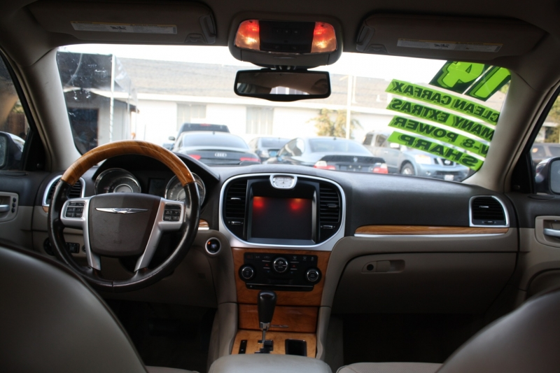 Chrysler 300 2014 price $13,994