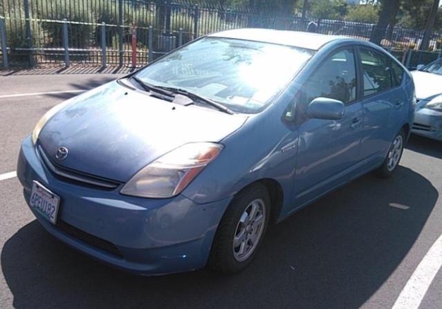 Toyota Prius 2009 price $3,650