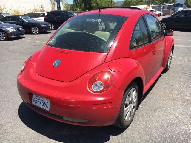 Volkswagen New Beetle 2008 price $3,300
