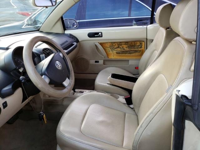 Volkswagen New Beetle Convertible 2006 price $2,500
