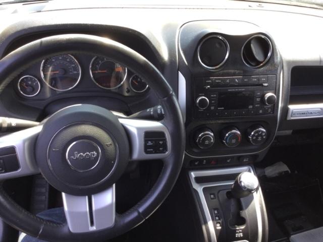 Jeep Compass 2016 price $8,250