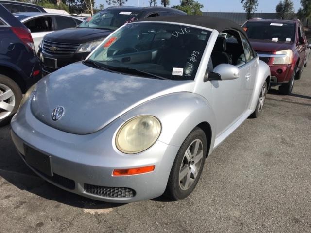 Volkswagen New Beetle Convertible 2006 price $3,750