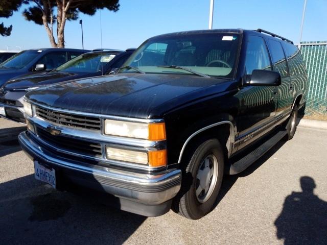Chevrolet Suburban 1999 price $3,950