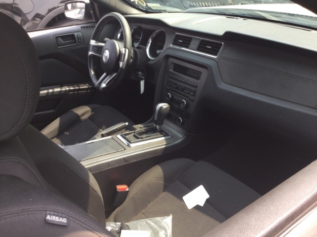 Ford Mustang 2013 price $10,150