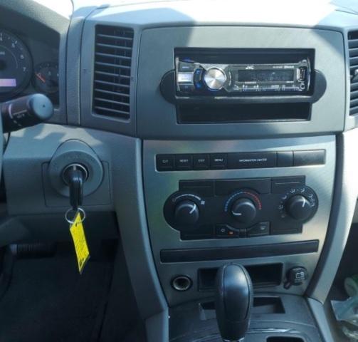 Jeep Grand Cherokee 2005 price $4,050