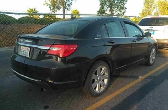 Chrysler 200 2013 price $4,950