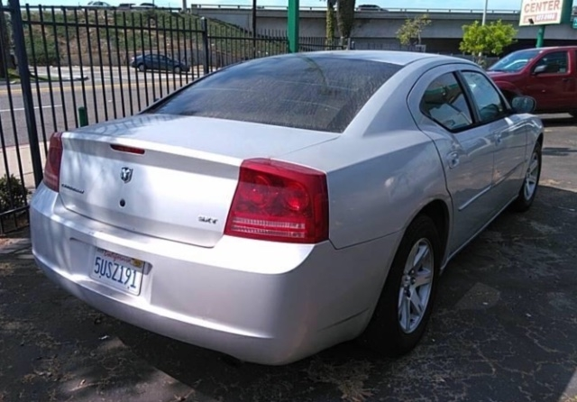 Dodge Charger 2006 price $3,650