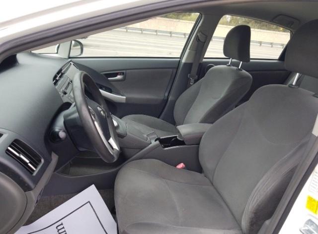 Toyota Prius 2010 price $5,750