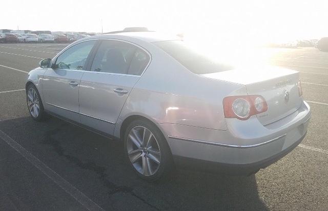 Volkswagen Passat 2010 price $3,650