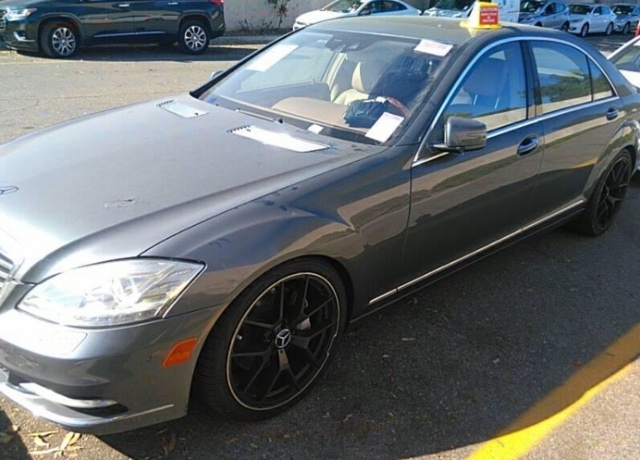 Mercedes-Benz S-Class 2010 price $12,050