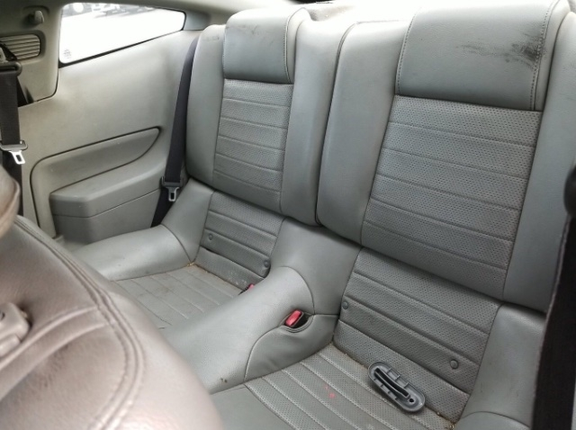 Ford Mustang 2006 price $5,950