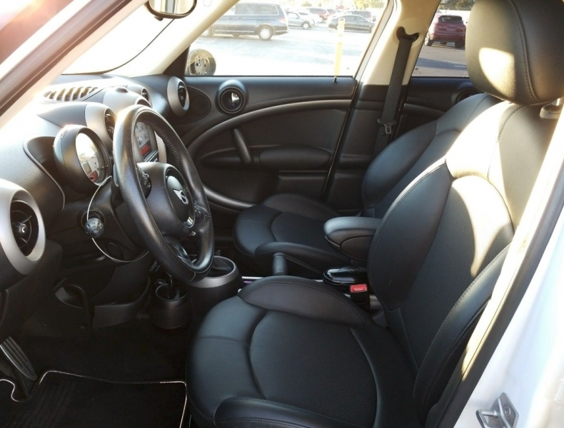 MINI Cooper Countryman 2012 price $6,550