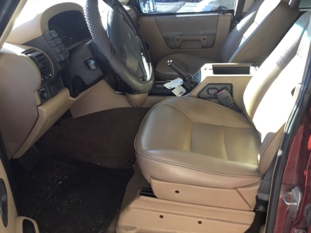 Land Rover Discovery Series II 2002 price $2,850