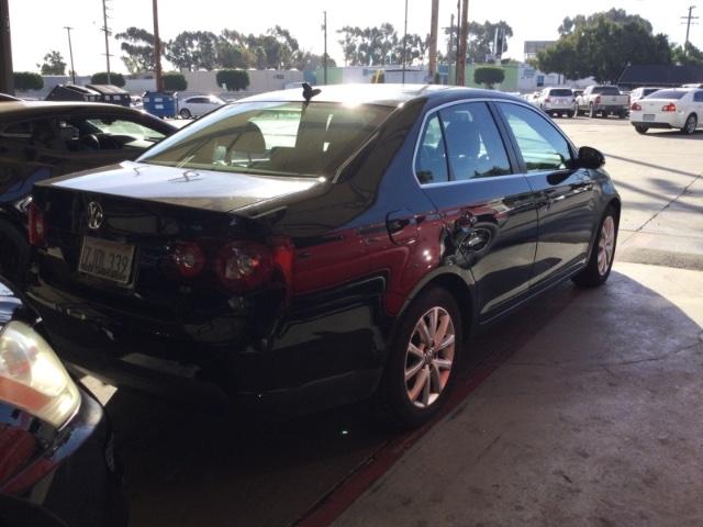 Volkswagen Jetta 2010 price $4,150