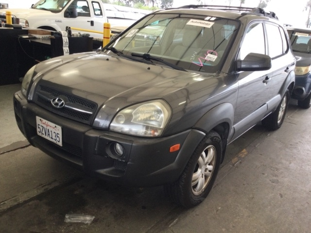Hyundai Tucson 2007 price $2,750
