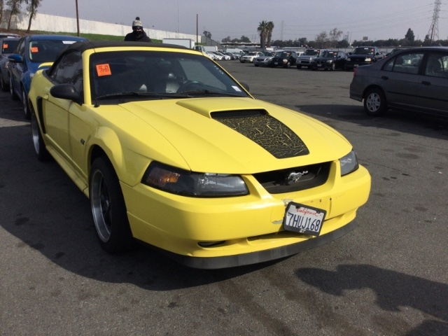 Ford Mustang 2002 price $3,650