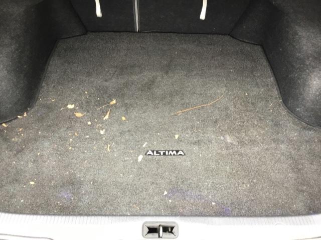 Nissan Altima 2008 price $3,150