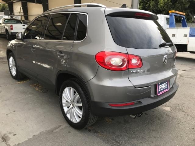 Volkswagen Tiguan 2010 price $5,450