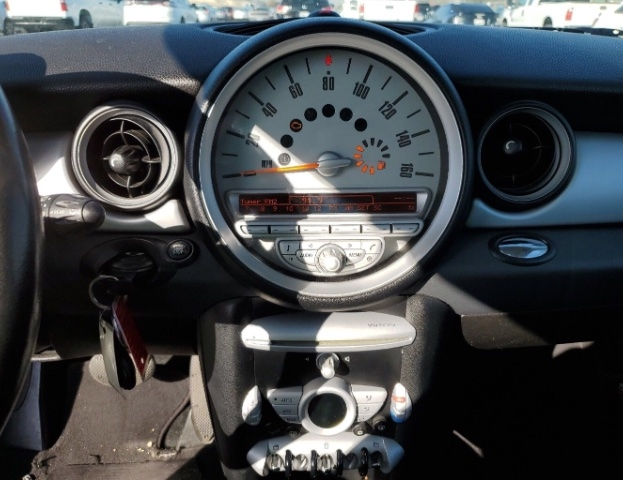 MINI Cooper Clubman 2010 price $4,050
