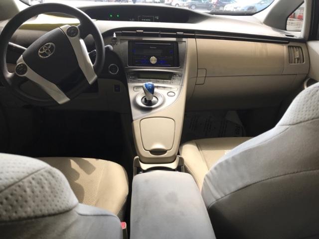 Toyota Prius 2011 price $4,950