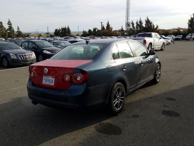 Volkswagen Jetta 2010 price $3,550
