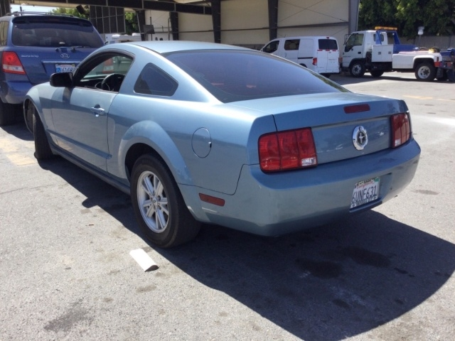 Ford Mustang 2005 price $5,350