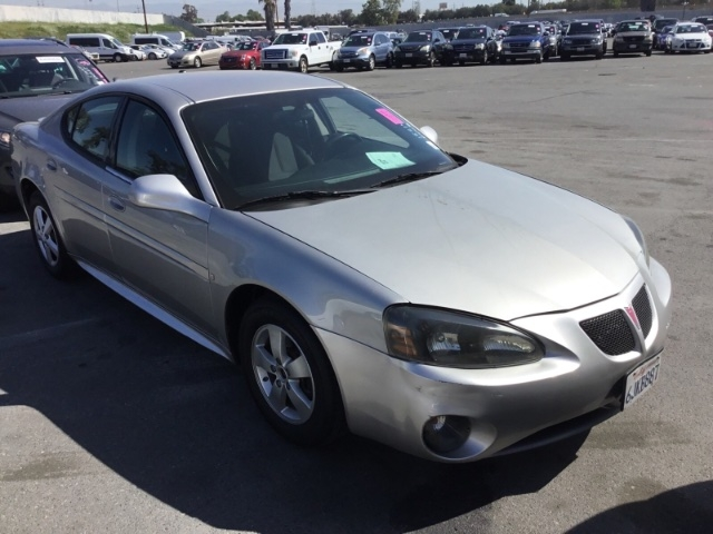 Pontiac Grand Prix 2008 price $3,650