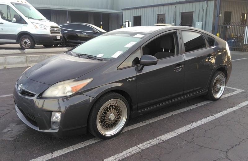Toyota Prius 2010 price $5,850