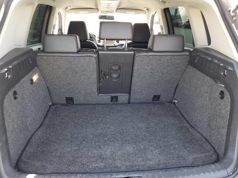 Volkswagen Tiguan 2011 price $7,650