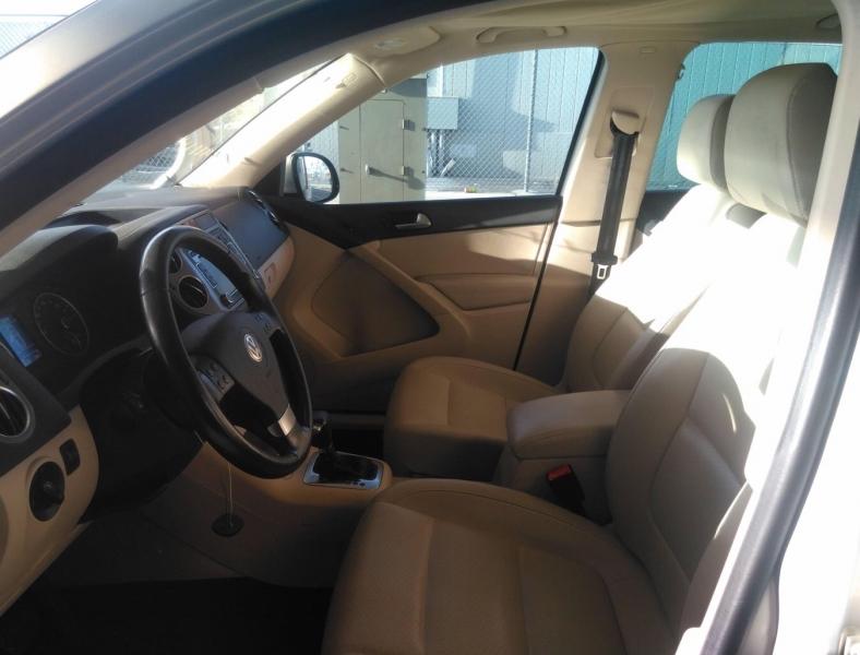 Volkswagen Tiguan 2010 price $7,250