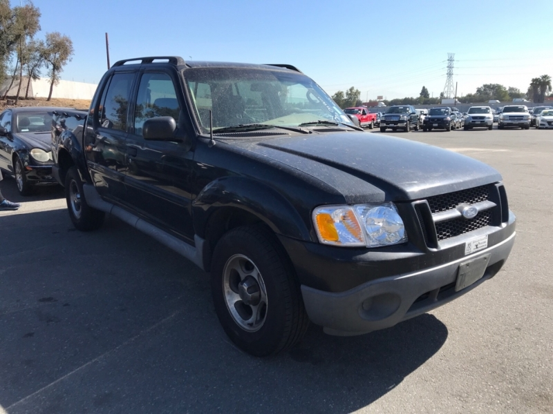 Ford Explorer Sport Trac 2004 price $3,750