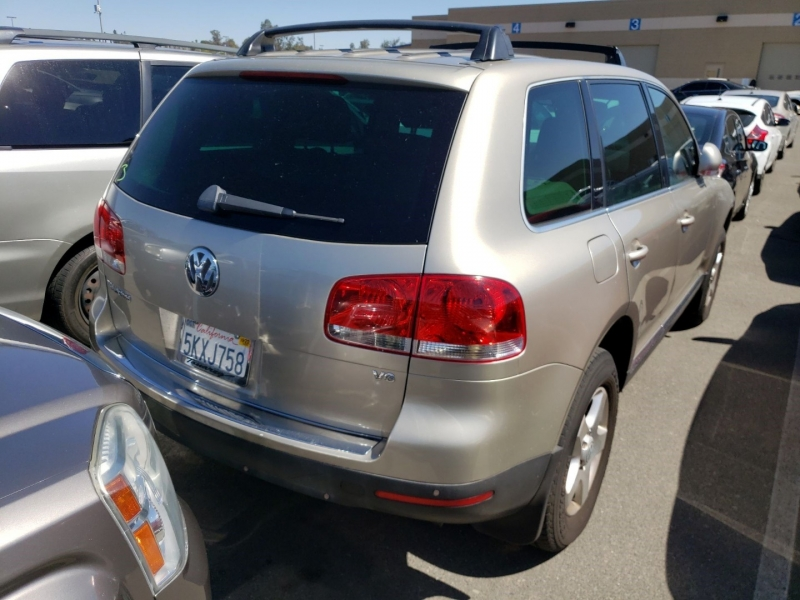 Volkswagen Touareg 2004 price $3,750