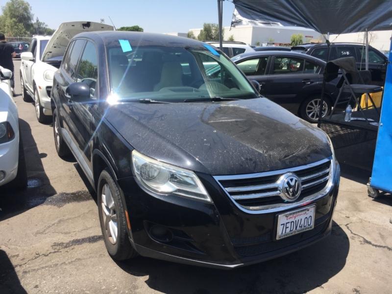 Volkswagen Tiguan 2011 price $6,750