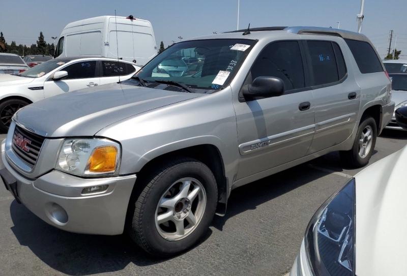 GMC Envoy XUV 2004 price $3,650