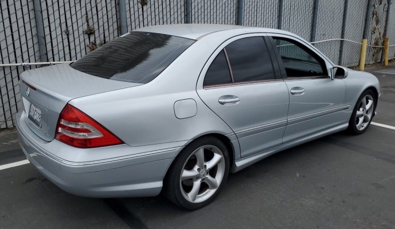 Mercedes-Benz C-Class 2006 price $4,350
