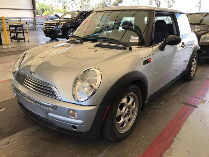 Mini Cooper Hardtop 2003 price $3,150