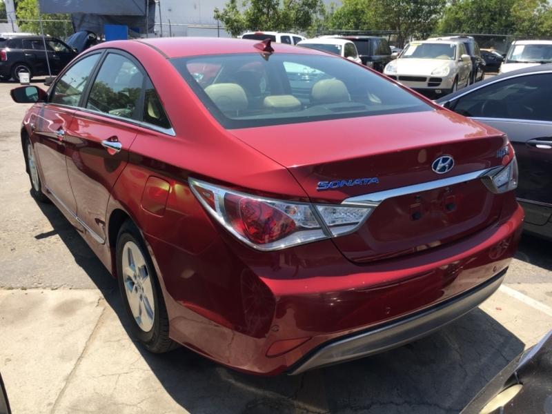 Hyundai Sonata 2012 price $6,550