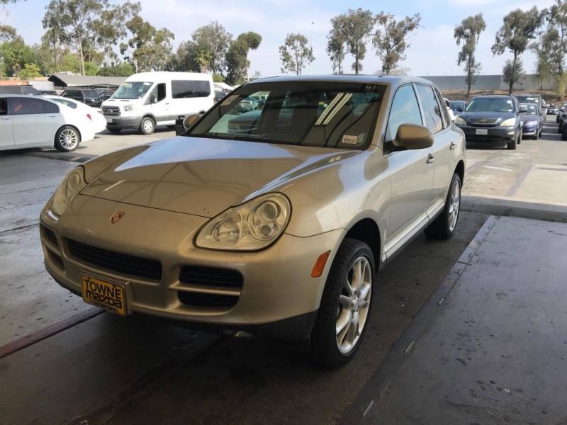 Porsche Cayenne 2004 price $5,850