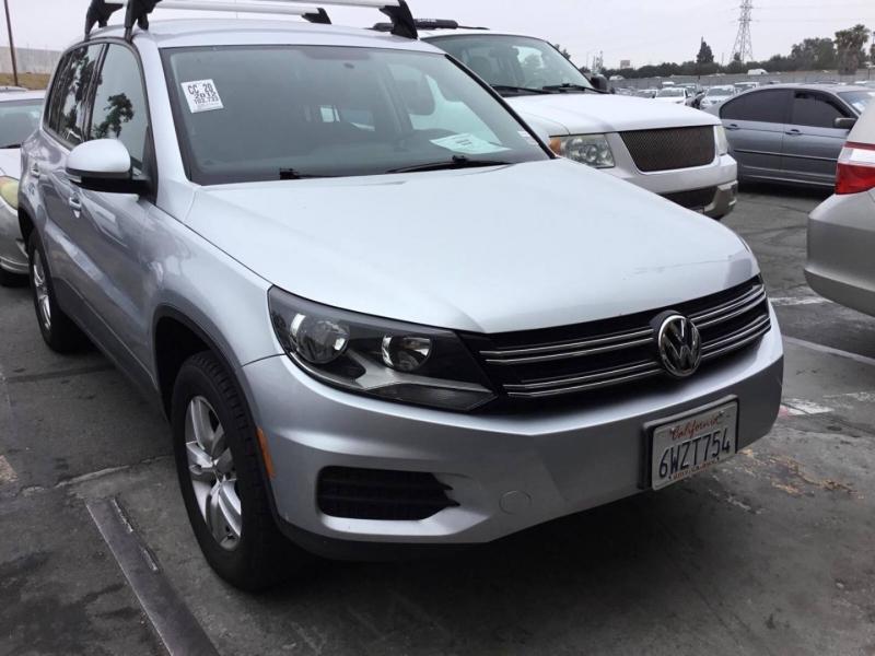 Volkswagen Tiguan 2012 price $8,750