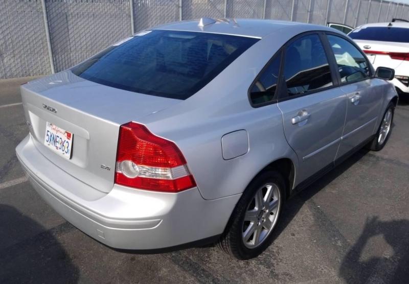 Volvo S40 2006 price $3,350